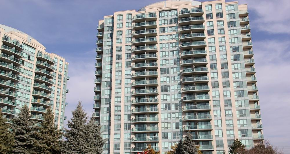 Central Erin Mills Condos for sale